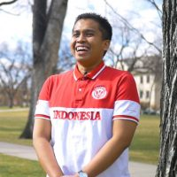 Indonesian student on the CSU oval